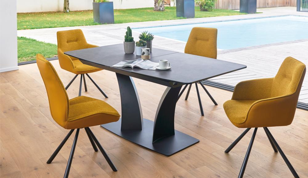 Table pied central , dessus céramique avec allonges incorporées